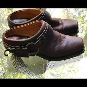 Frye Belted Harness Clogg